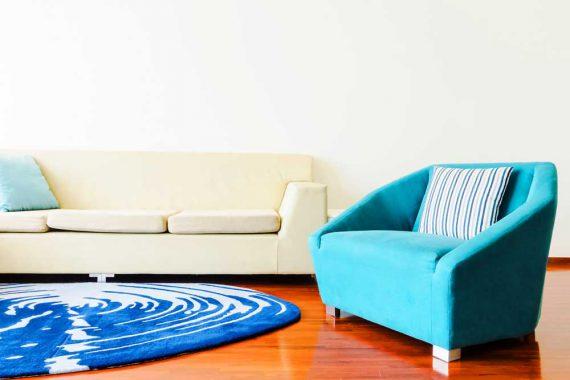 Kanapa do małego salonu – jaką wybrać?